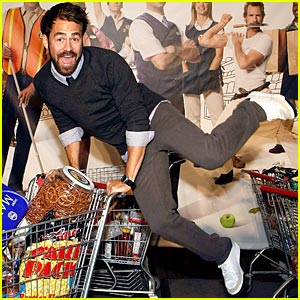 kyle-howard-shopping-cart